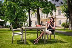 Dimenza Zahradní jídelní stůl BARCELONA - šedý