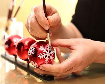 Skleněné ručně malované vánoční koule na stromeček jsou hit!