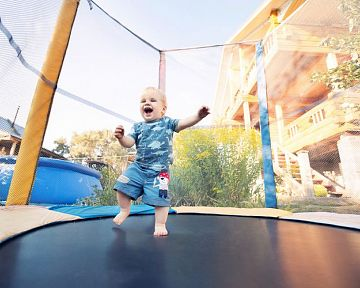 Nejlepší dětská trampolína pro děti? Poradíme, jak vybrat