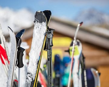 Jak se správně starat o lyže během sezóny a po ní?