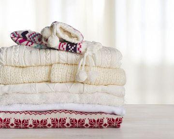 Praní a čištění ovčí vlny, ovčího rouna a kožešin. Čistírna není třeba
