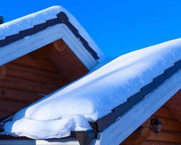 Co dělat se sněhem na střeše? Jaká je prevence?