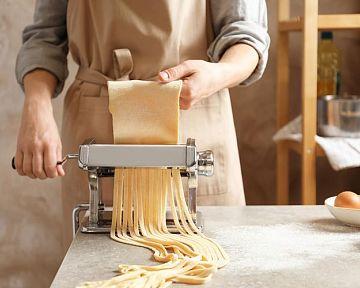 Jak vybrat strojek na těstoviny? Recenze chválí Banquet, Imperia či Orion