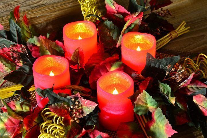 Nexos 33519 Dekorativní LED sada - 4 adventní svíčky - červená